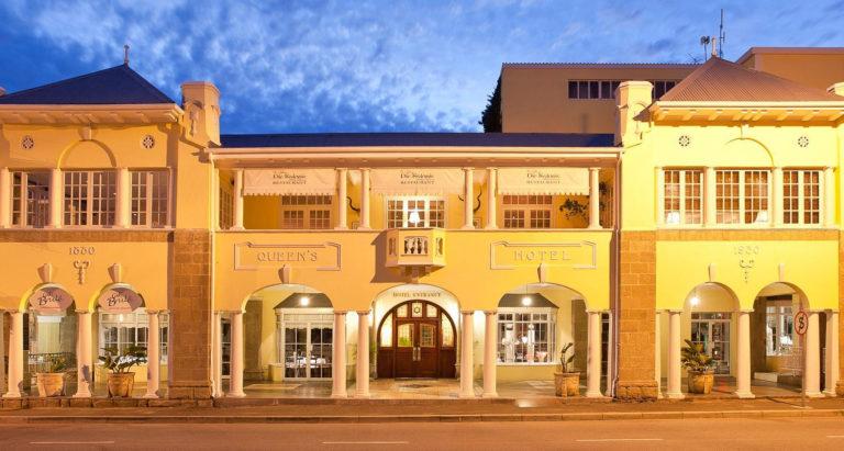 Queen's Hotel, Outdshoorn