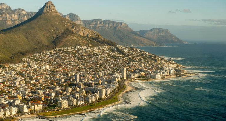 Новогодний тур: Кейптаун, водопад Виктория и сафари в Chobe, Ботсвана 4*