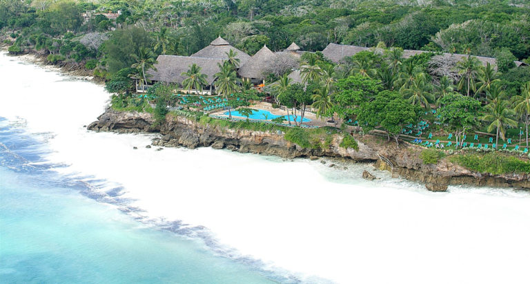 Baobab Beach Resort, Mombasa, Кения