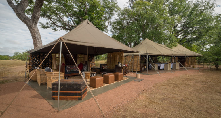 Hwange Bush Camp, Зимбабве