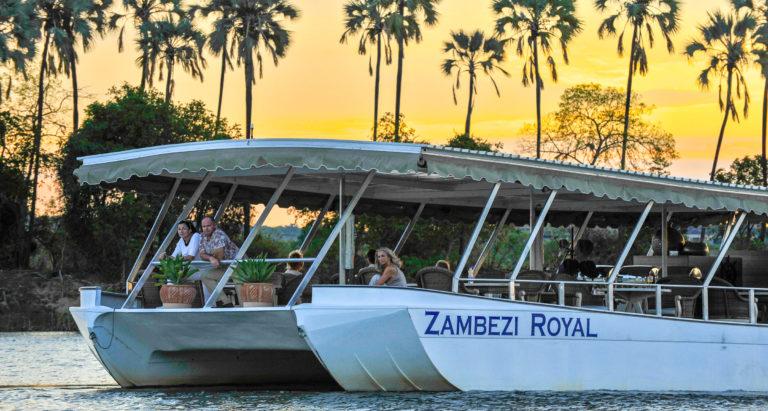Круизы по Замбези